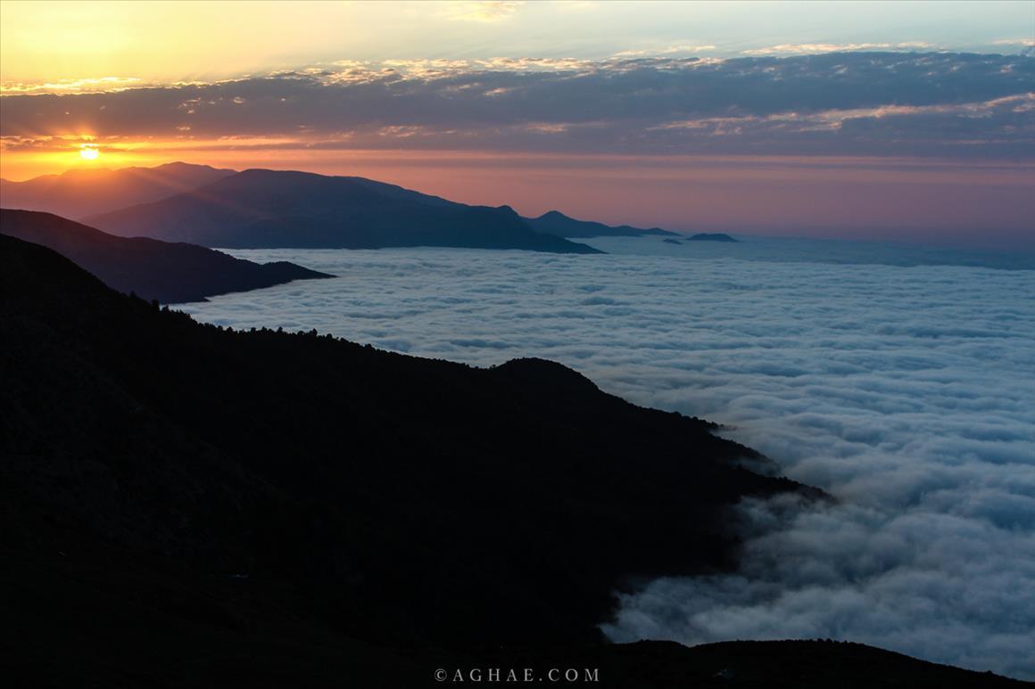 روستای فیلبند بر فراز ابرها