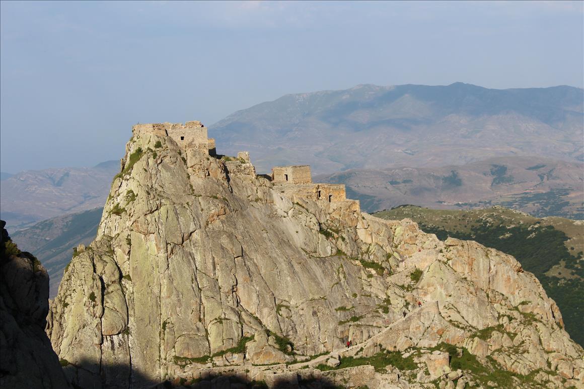 قلعه جاویدان