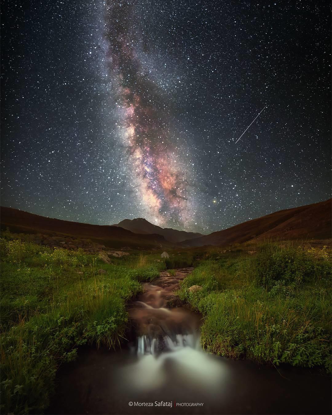 Milky way over Mt.Sabalan