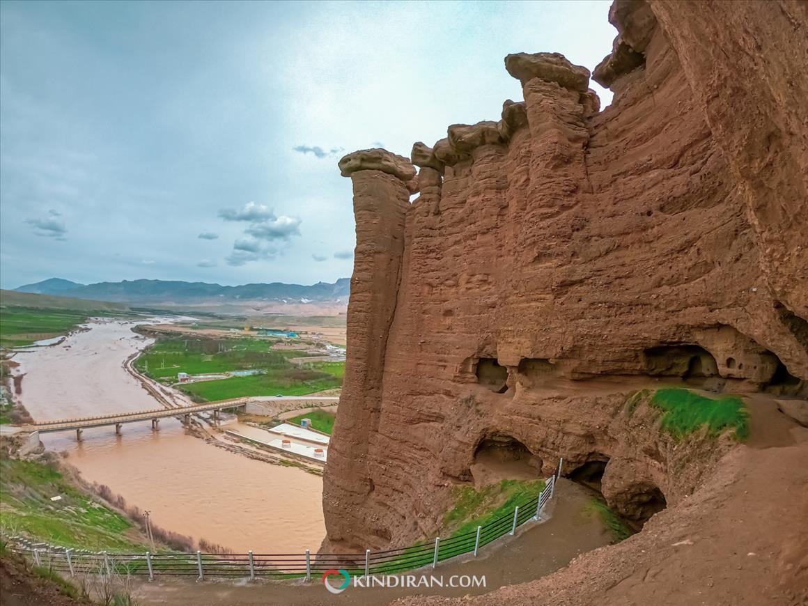 Behestan Castle a hoodoo