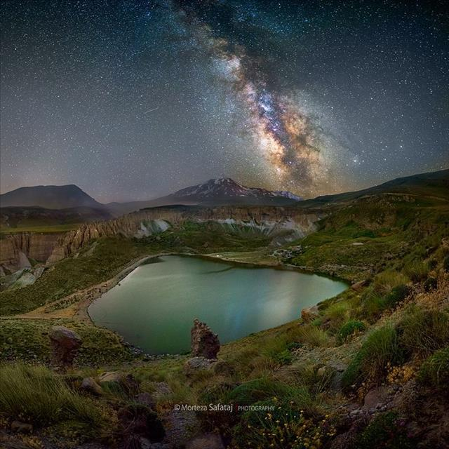 Milky way over Mt.Sabalan